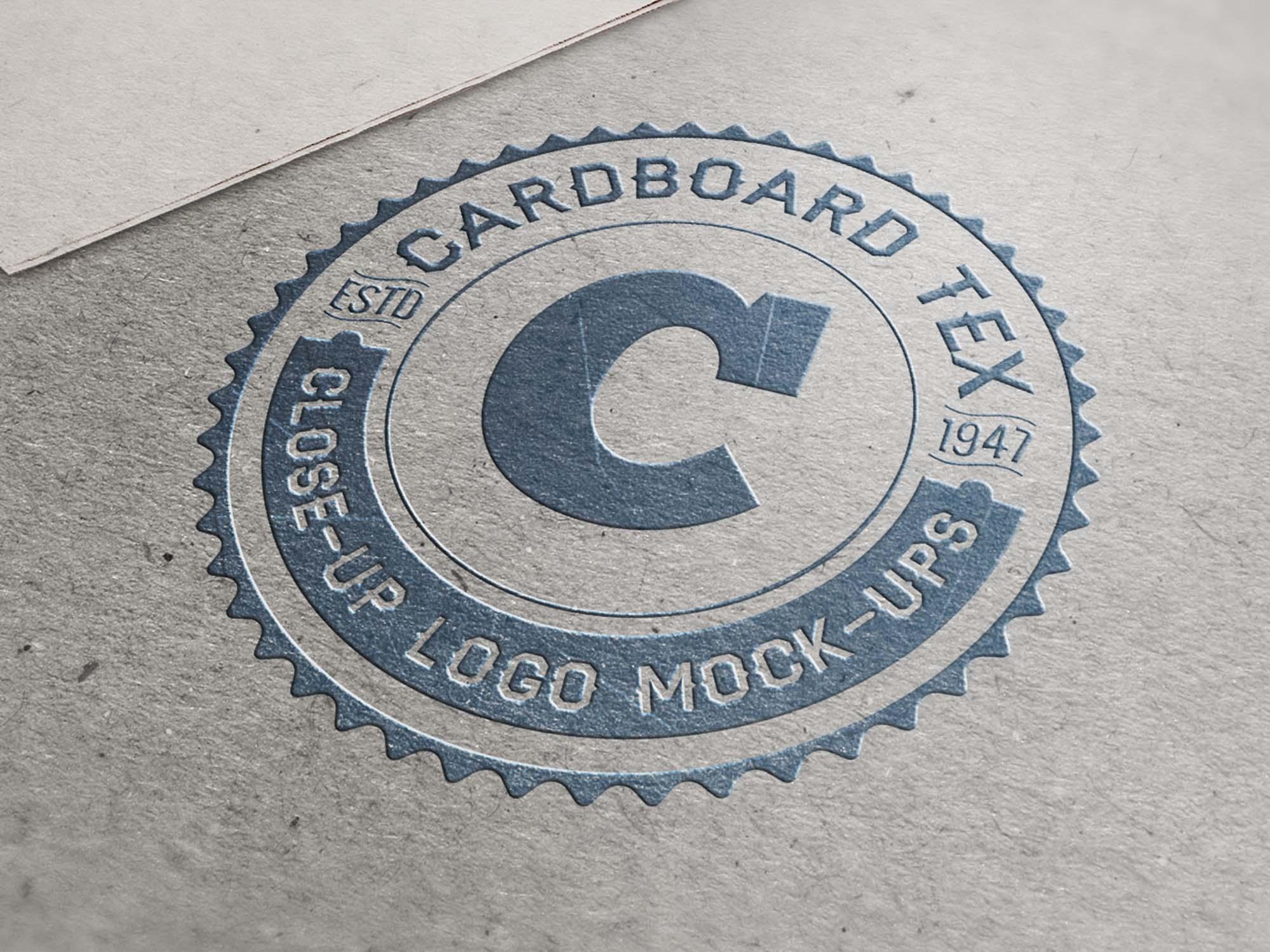 Closeup Logo Mockup