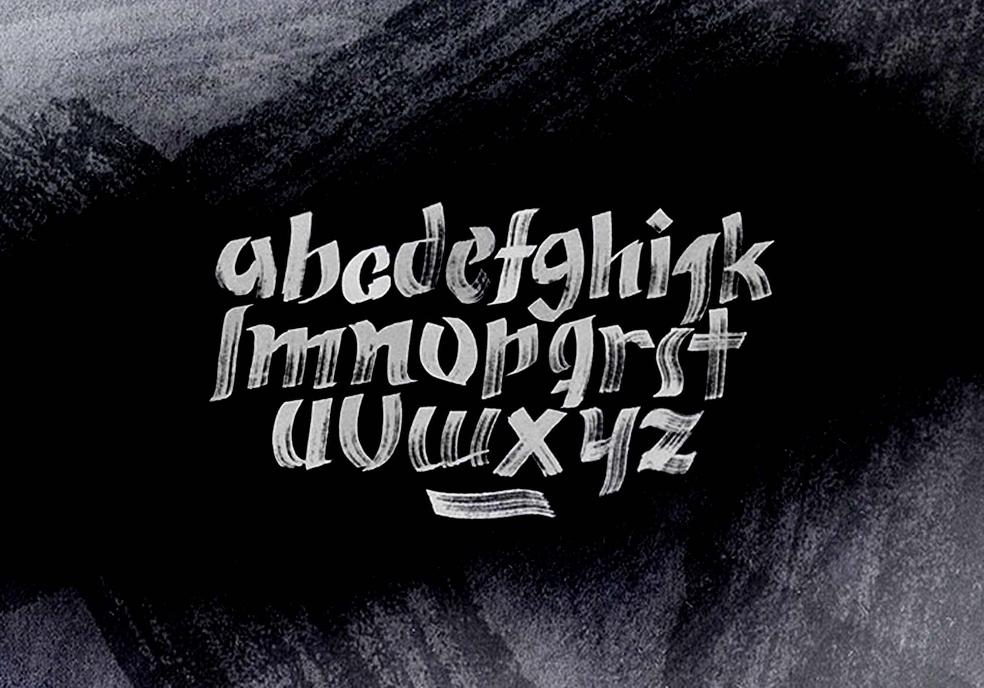 Zeyk Brush Typeface