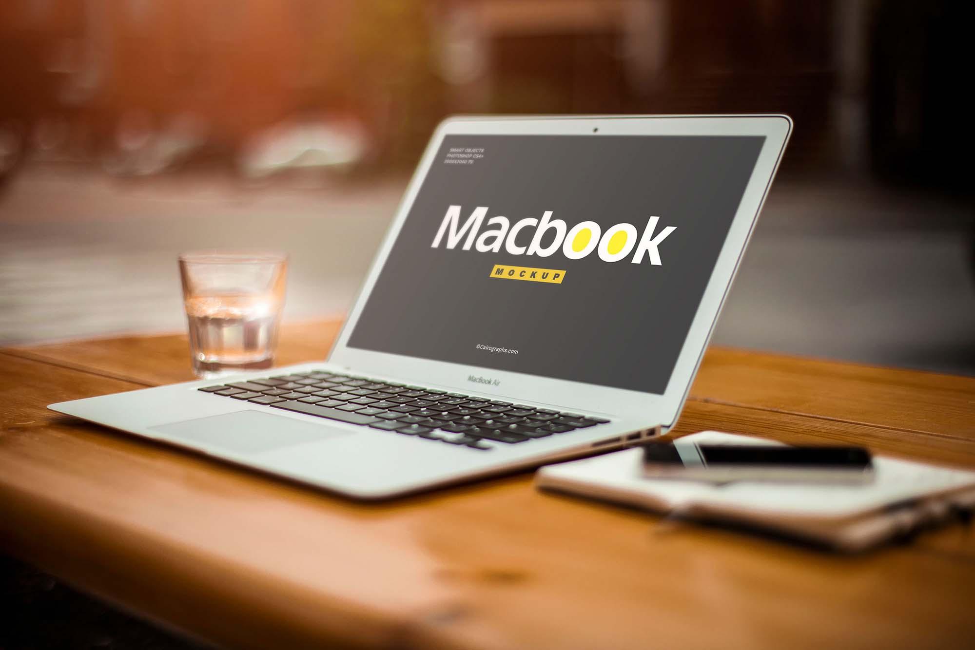 Responsive Device Mockup - Macbook