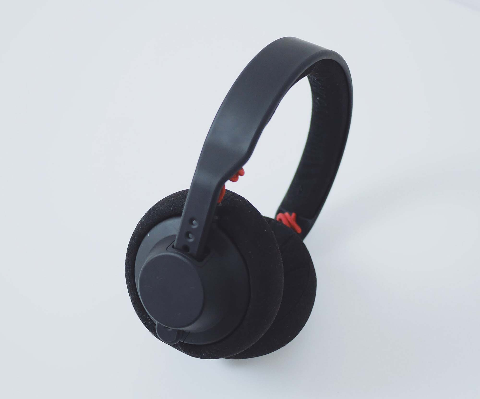 Head-Phone Mockup