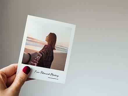Polaroid Mockup