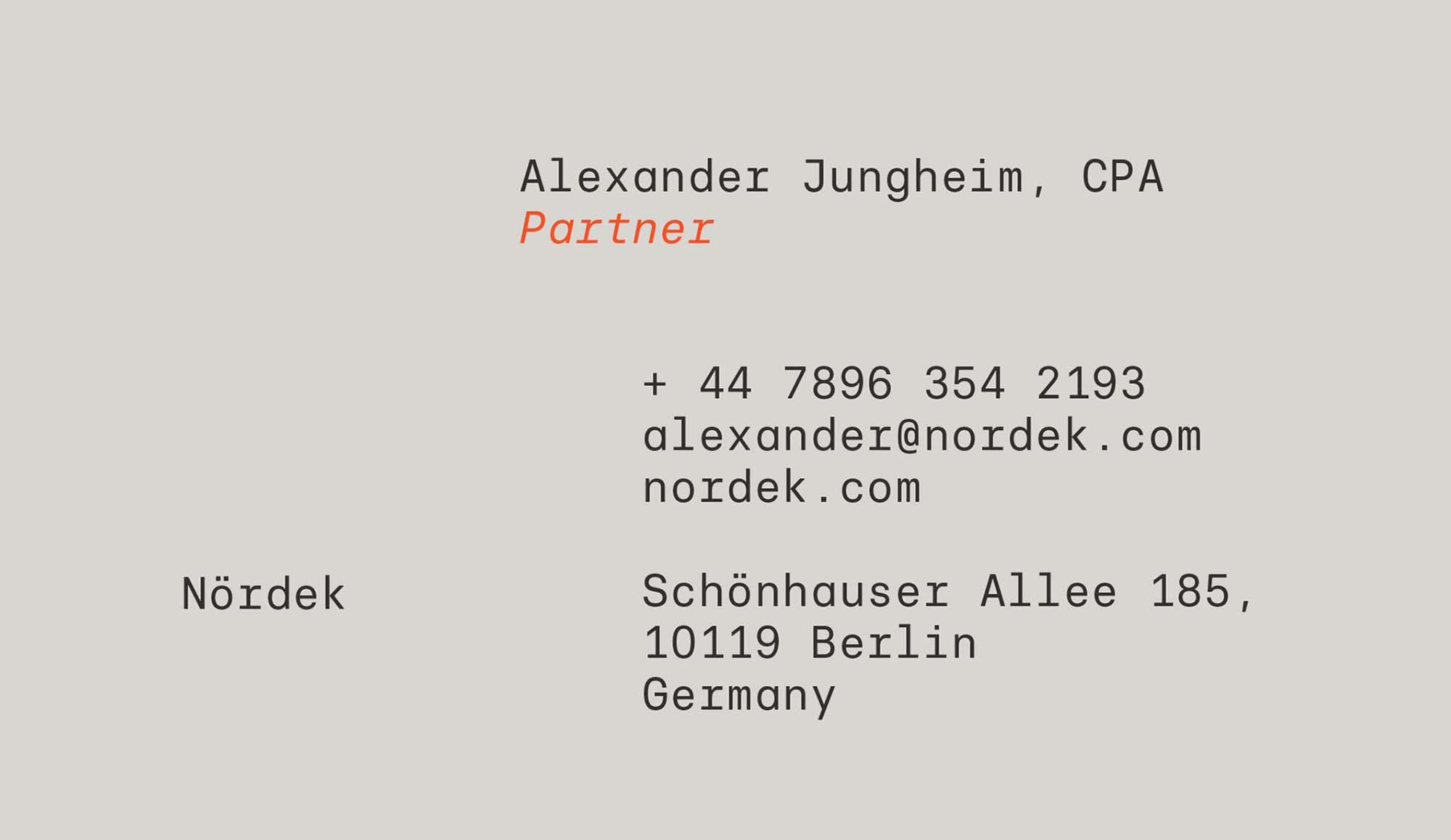 Basier Mono Font 16
