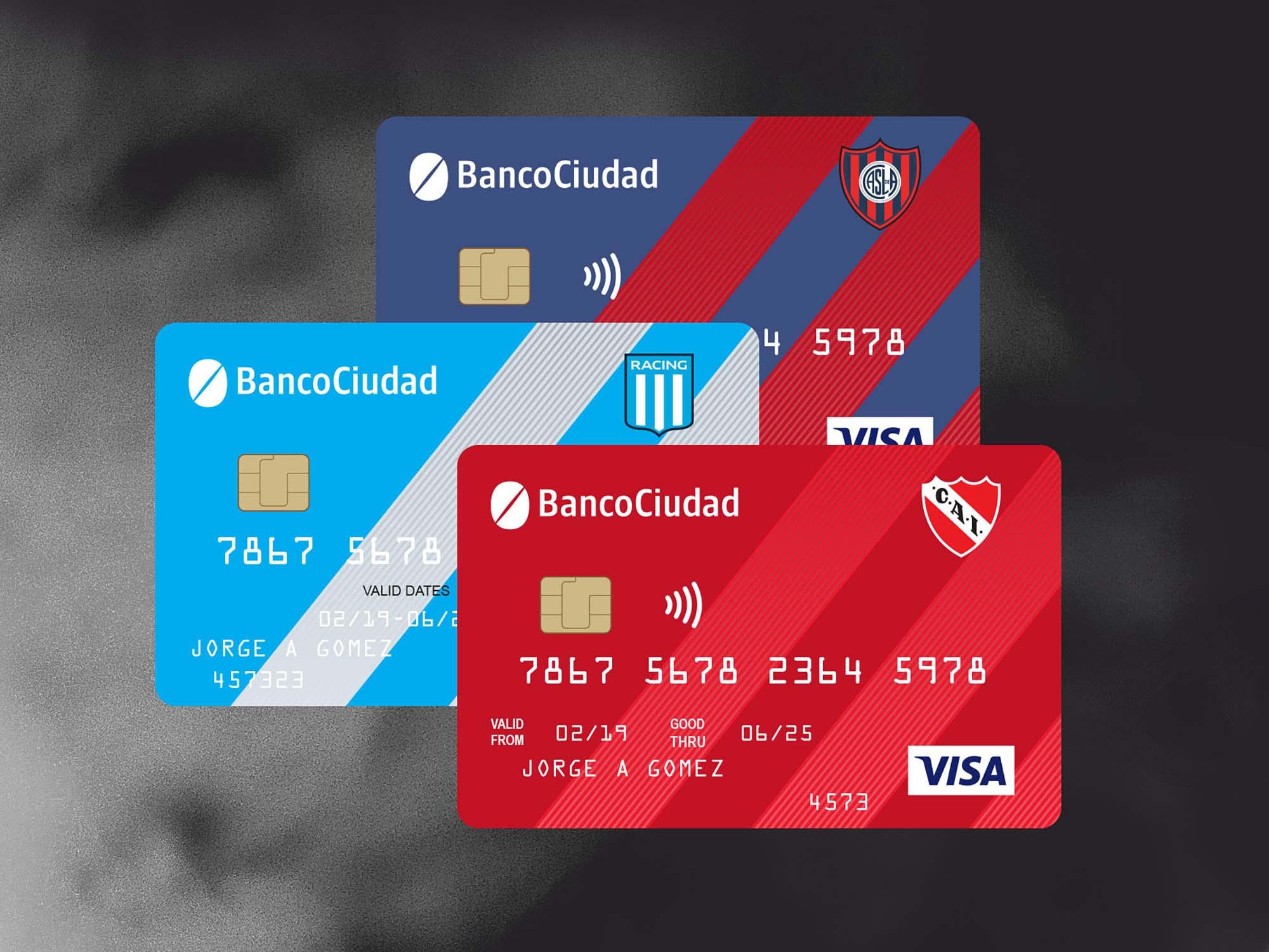 Contactless Credit Card Mockup 2