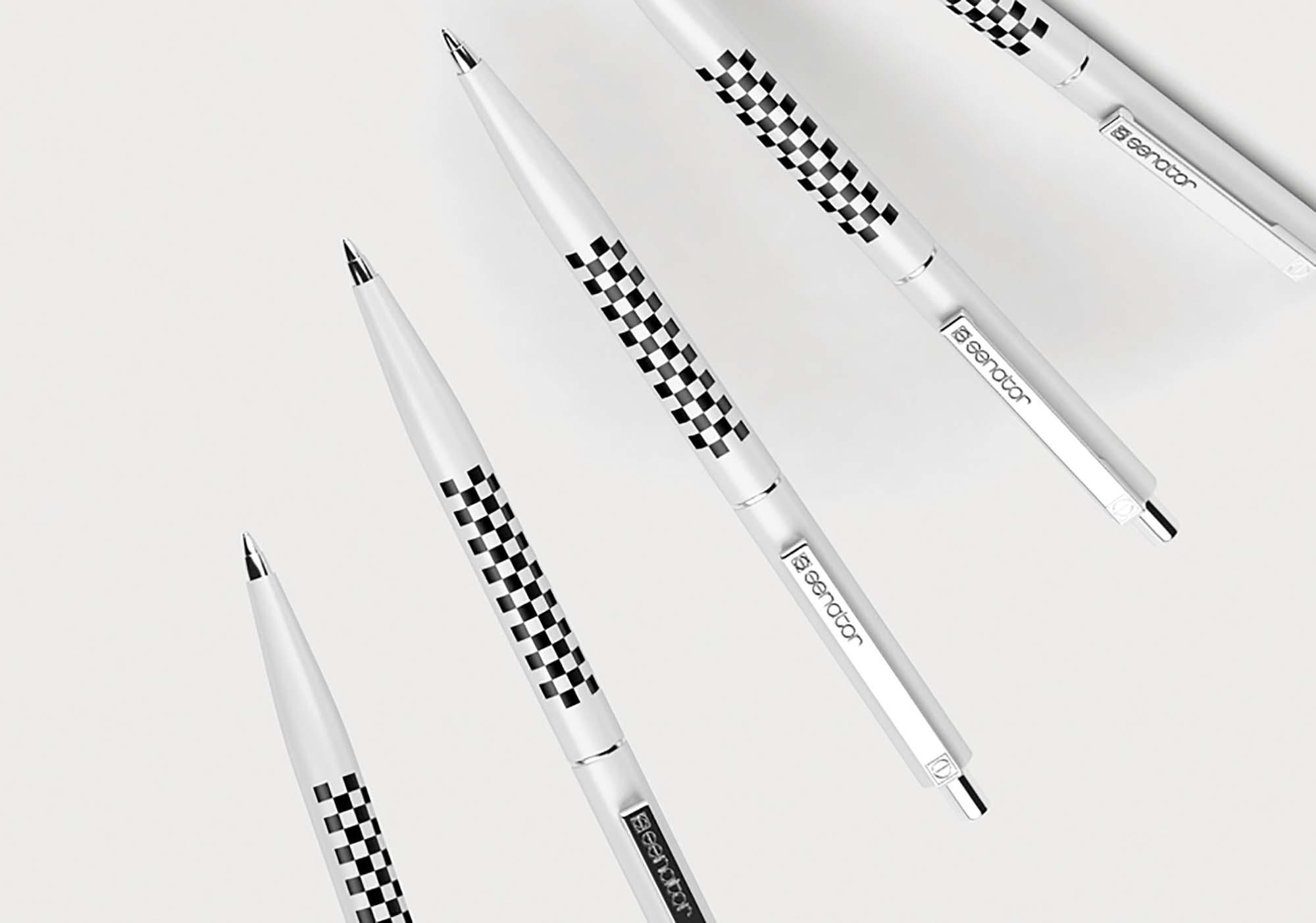 Pen Mockup 3