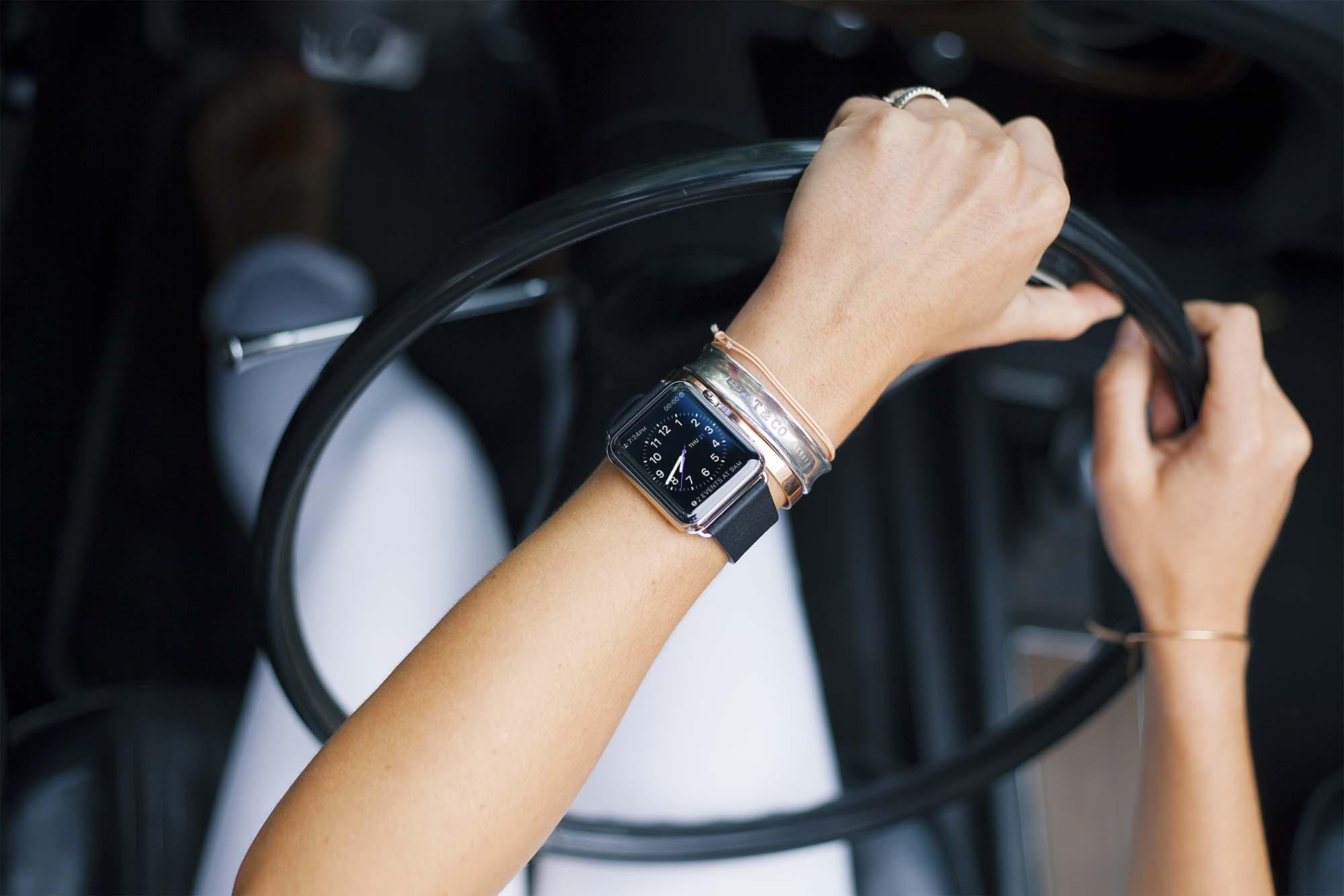 Apple Watch Mockup 05