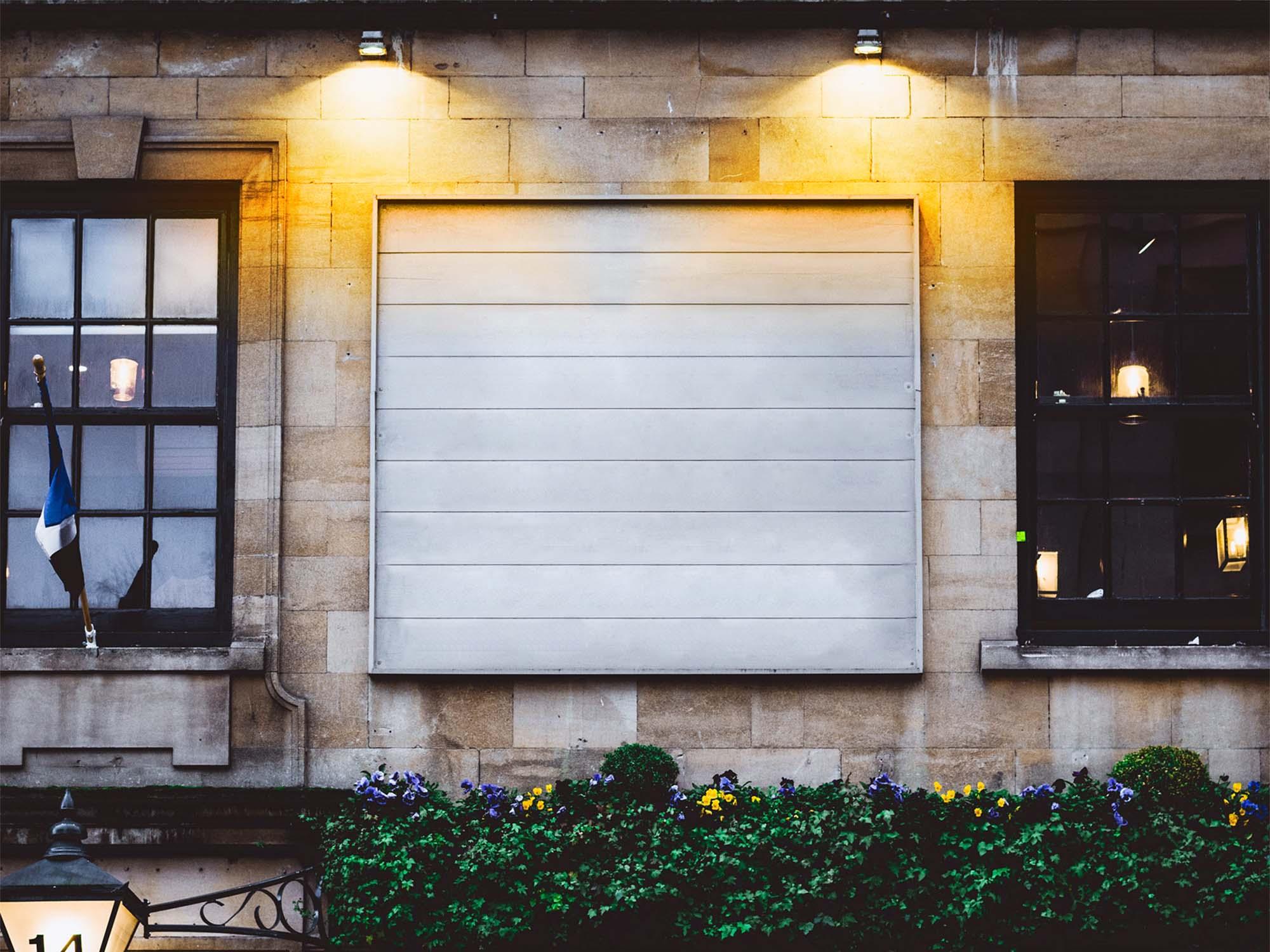 Storefront Billboard Mockup 2