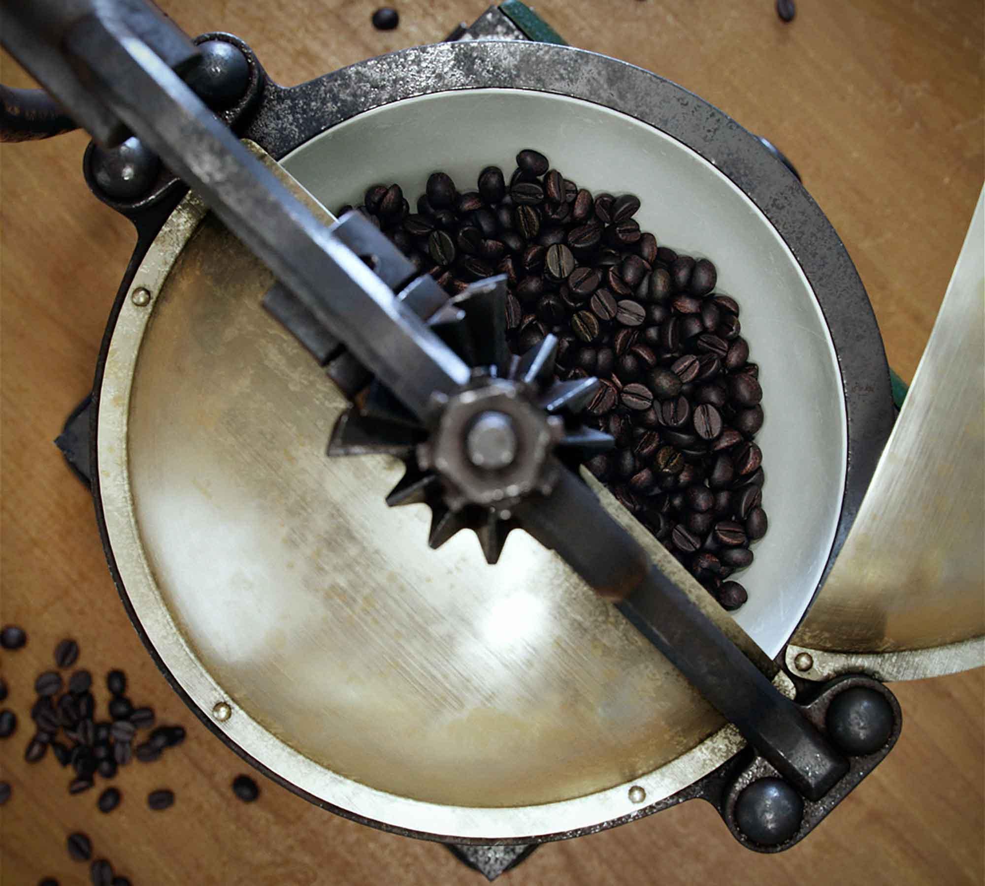 Coffee Grinder 3D Model 2