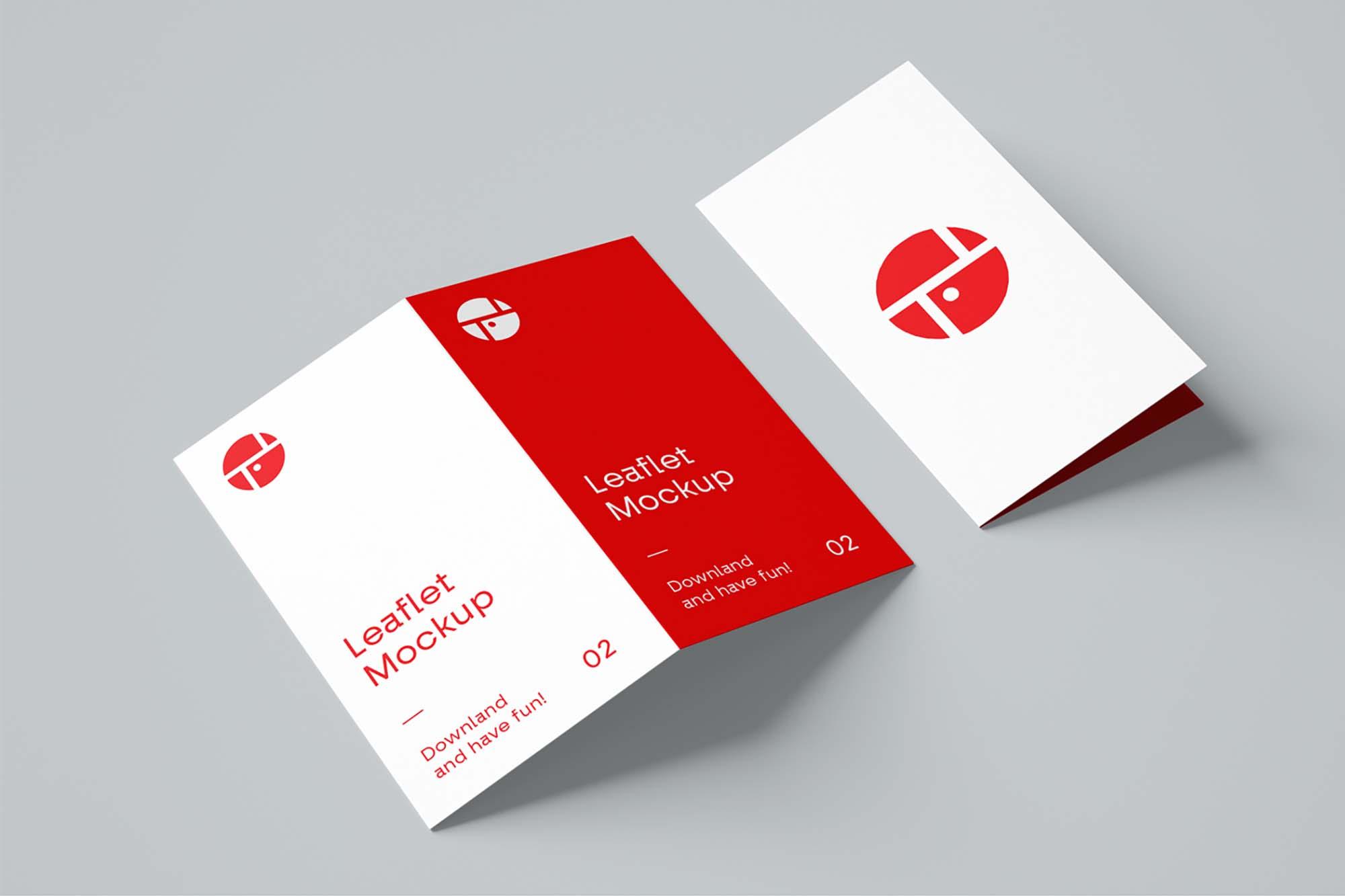 2-Fold Brochure Mockup
