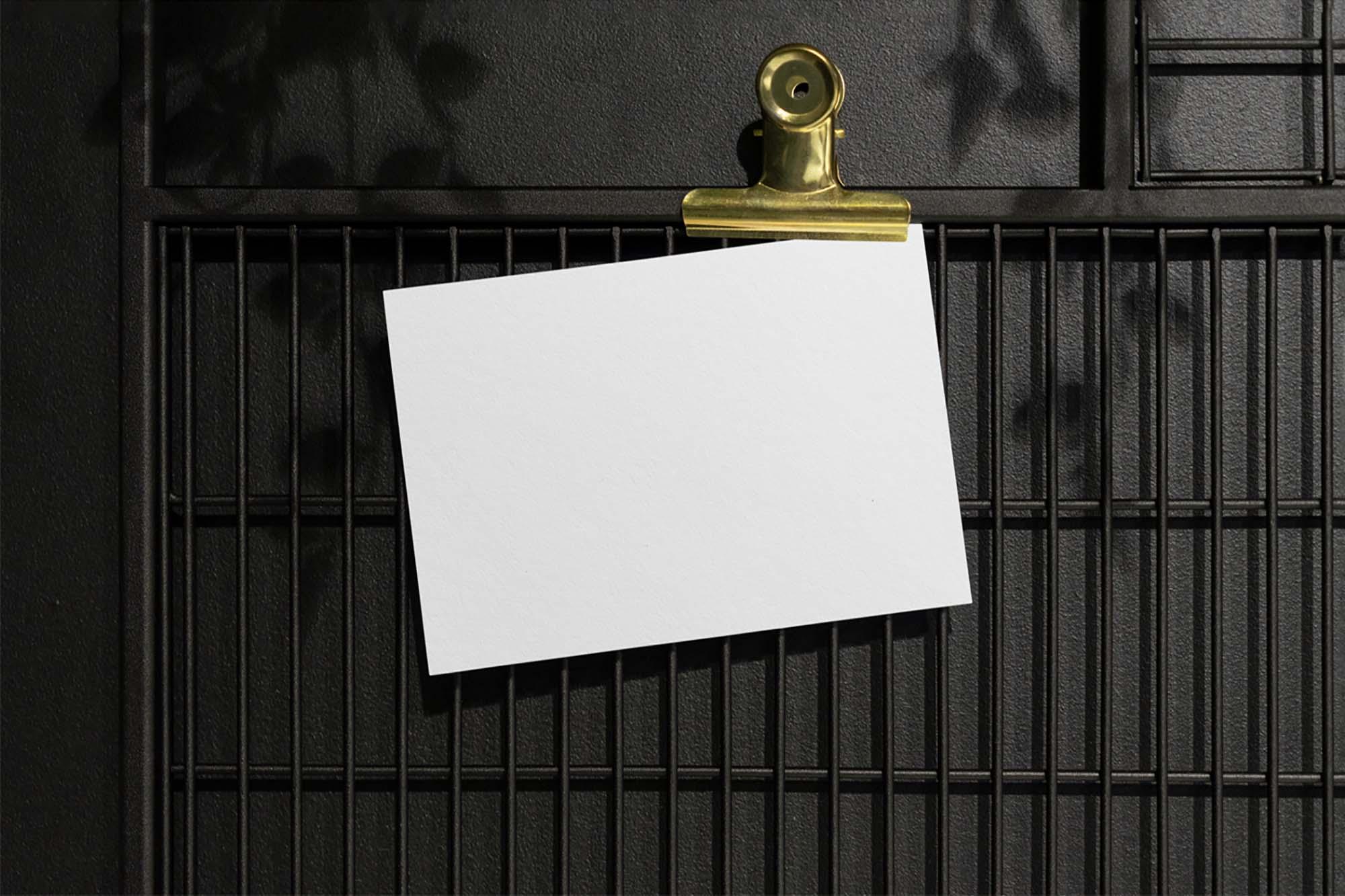 Hanged Card Mockup 2