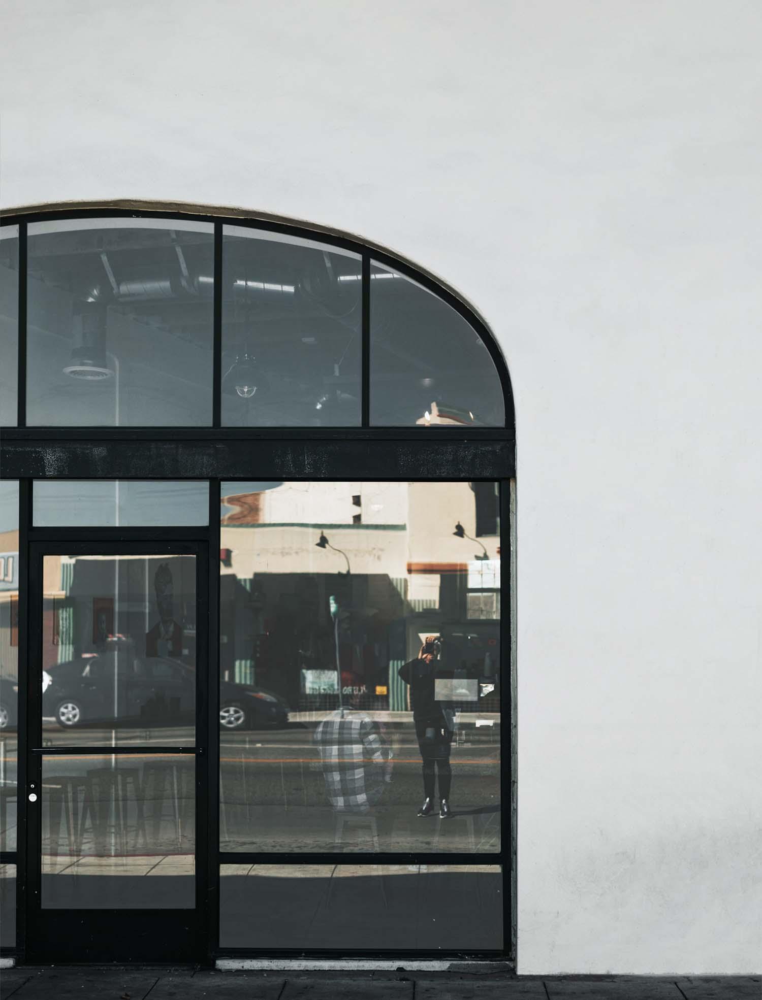 Restaurant Storefront Mockup 2