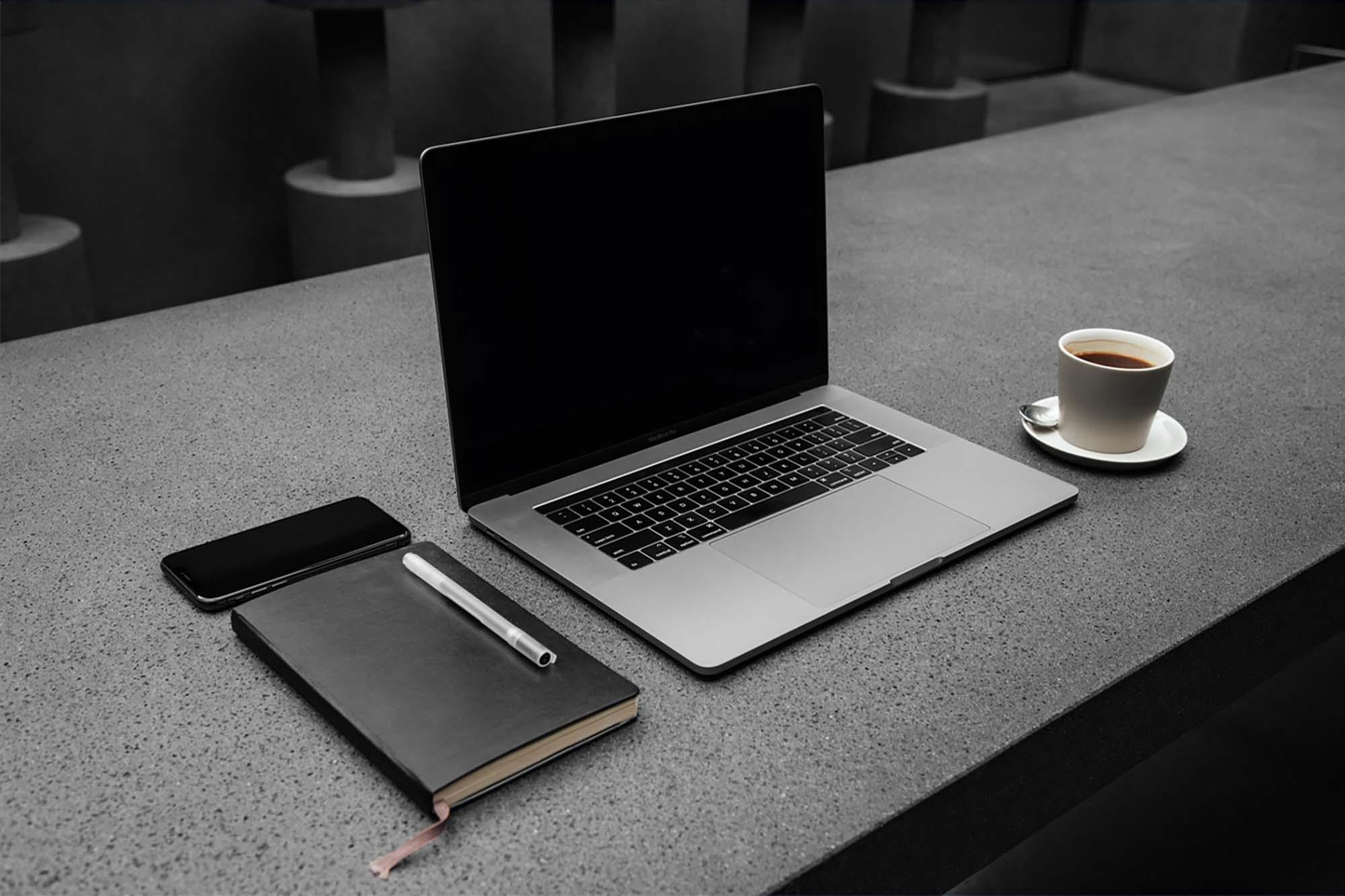 MacBook Pro Workspace Mockup 2