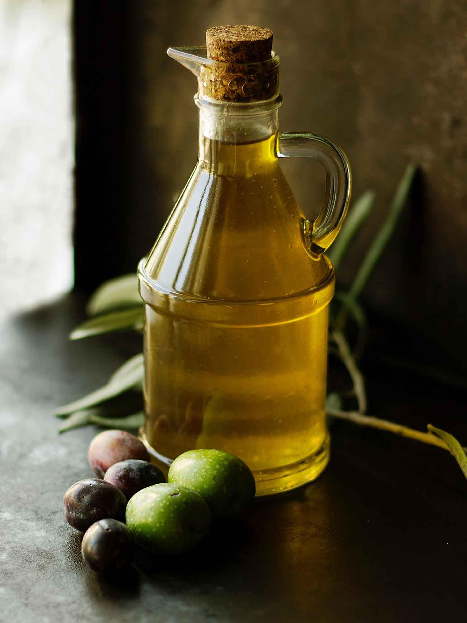Olive Oil Mockup 2